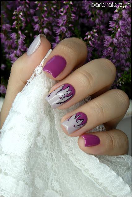 ośmiornica na paznokciach