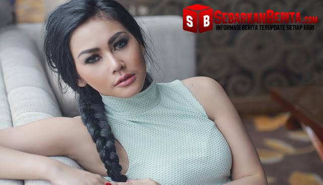 Sempat Dihamili Dan Disuruh Gugurkan Kandungannya, Model Majalah Dewasa ini Banyak Dapat Simpati Dari Netizen
