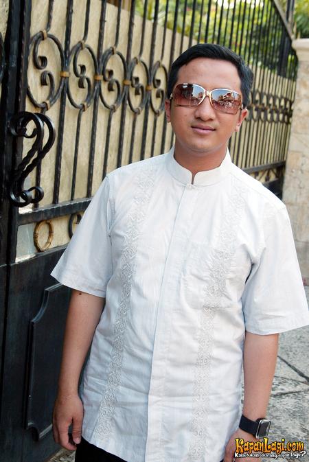 Motivasi Blogger: Biografi Ustadz Yusuf Mansur : Kisah