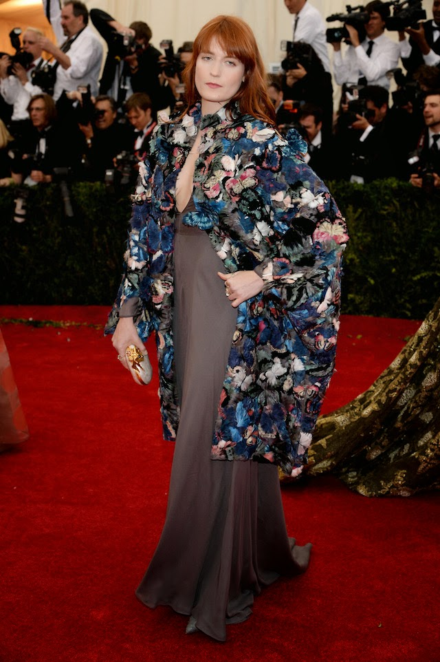 Flortnce Welch in Valentino Couture