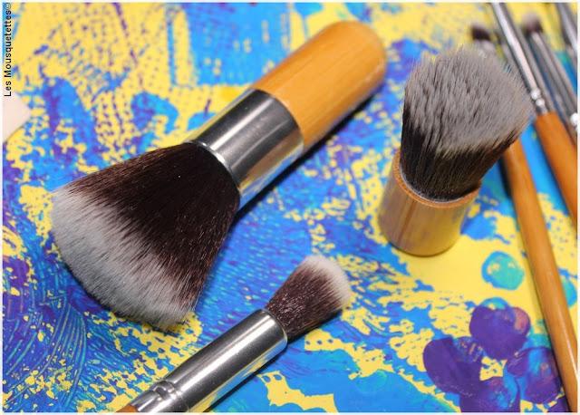 Bon plan pinceaux maquillage pour le teint - Blog beauté Les Mousquetettes©