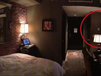 ¿Qué se esconde en la habitación 322 del Hotel Zaza?