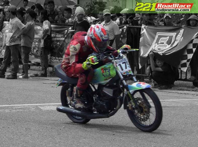 modifikasi motor rx king road race  tahun ini