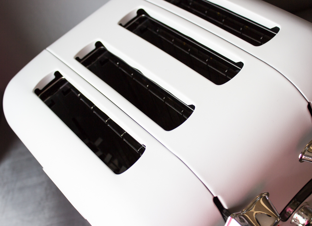 Delonghi Argento Toaster
