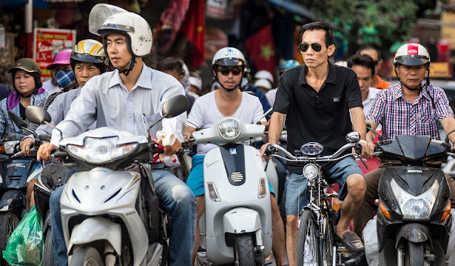 How To Cross The Street In Hanoi