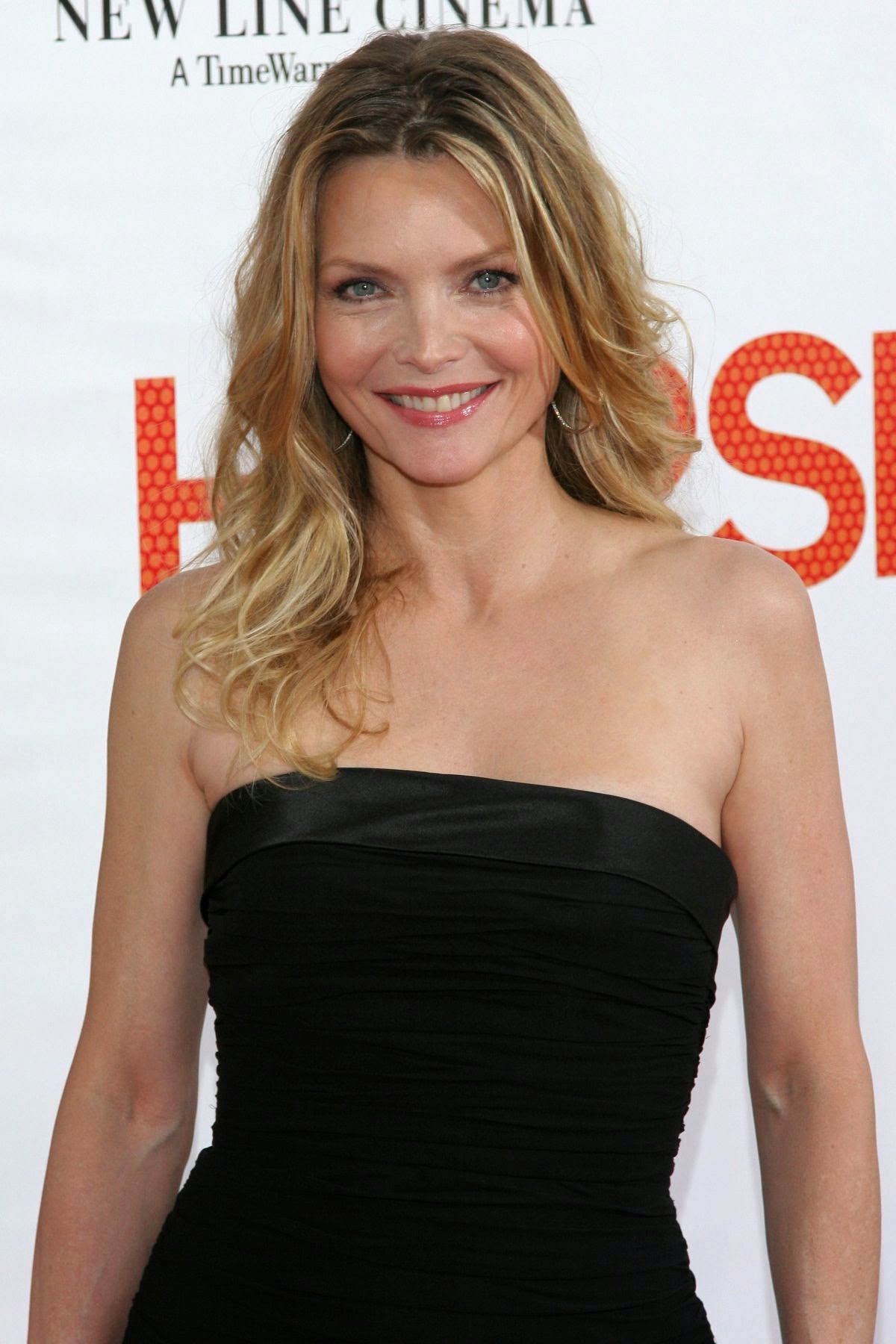 Michelle Pfeiffer Nude Photos 85