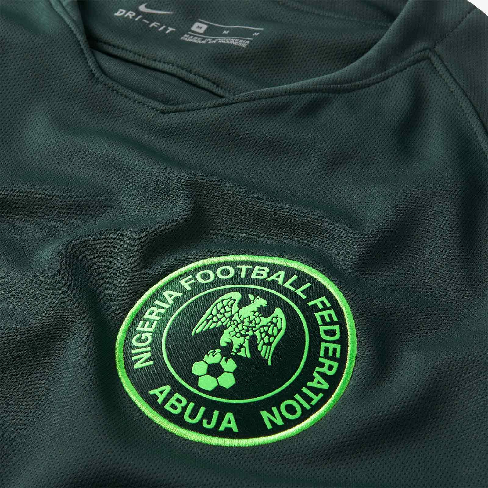a48685f969 Nike lança a camisa reserva do Nigéria para a Copa do Mundo - Show ...