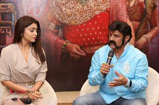 Shriya Saran Nandamuri Balakrishna at Gautamiputra Satakarni Team Press Meet Stills  0114.JPG