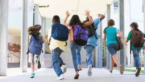 Ο Δήμος Ναυπλιέων στηρίζει τους μαθητές