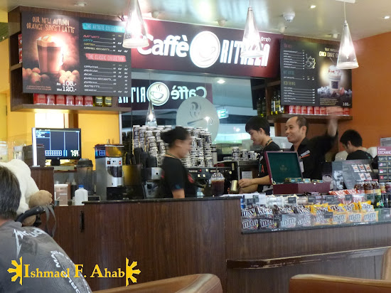 Coffe shop in Suvarnabhumi Airport (Bangko, Thailand)