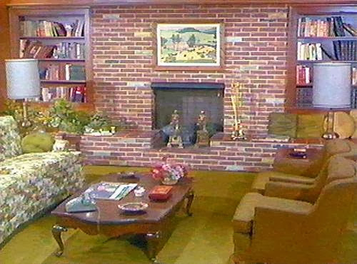 Bewitched House Tour - Leslie Anne Tarabella