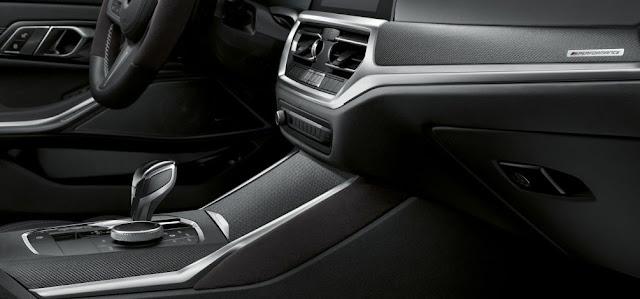 2021-bmw-m440i-dashboard-gearshift-lever