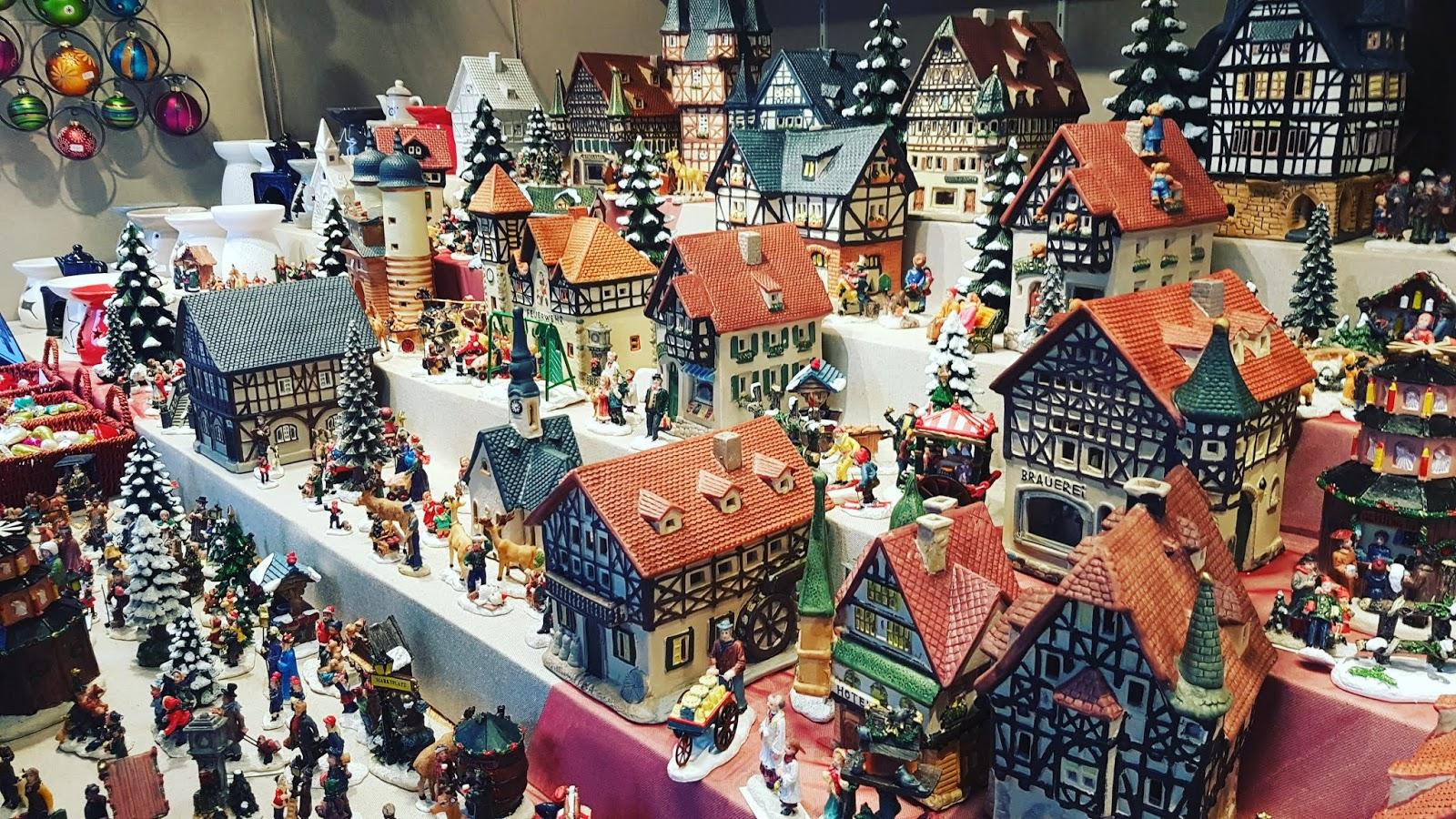 Maurits On The Rail Way Met De Trein Naar De Kerstmarkt