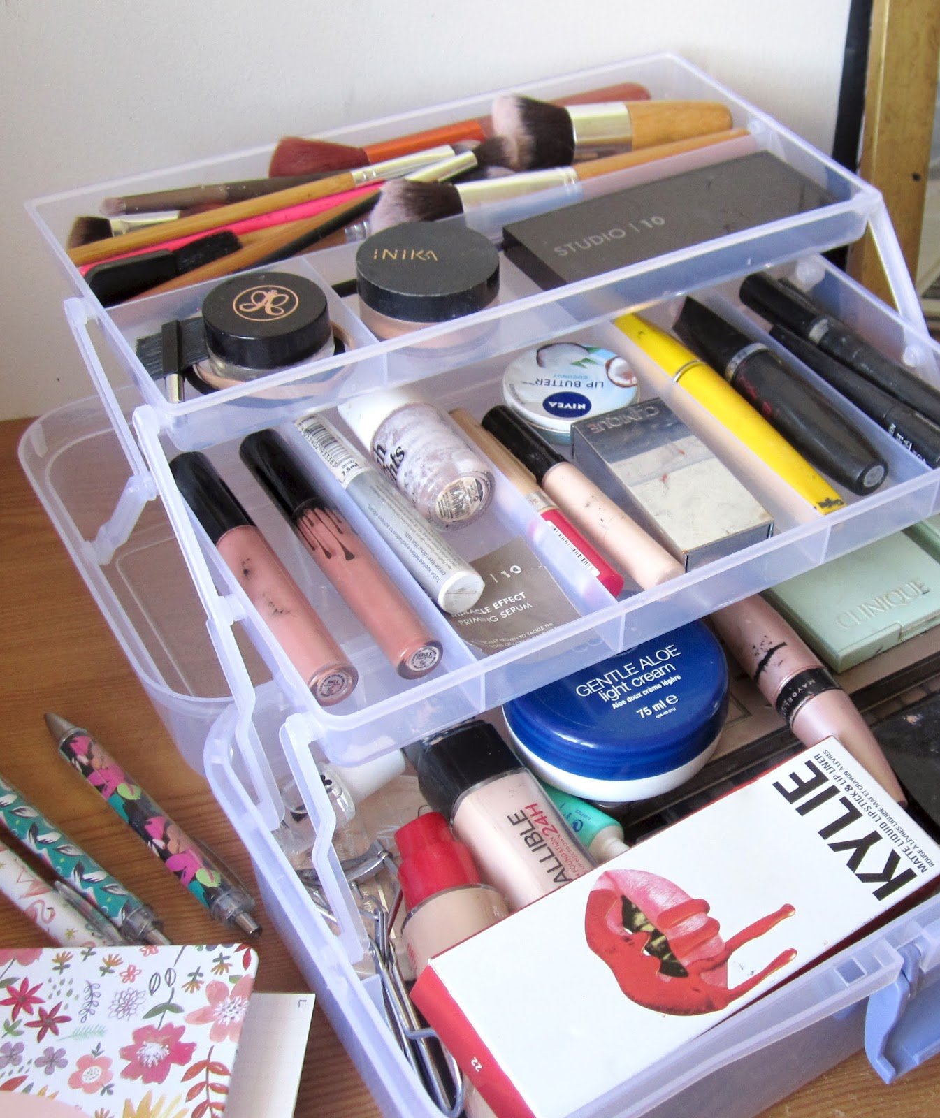 tiered make-up storage box, kylie lip kit box