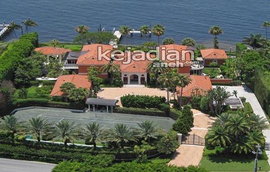 awalnya blossom estate sebagai salah satu rumah terbesar dan termewah di dunia ini berbentuk 4 megah sang pemilik baru ken griffin membelinya