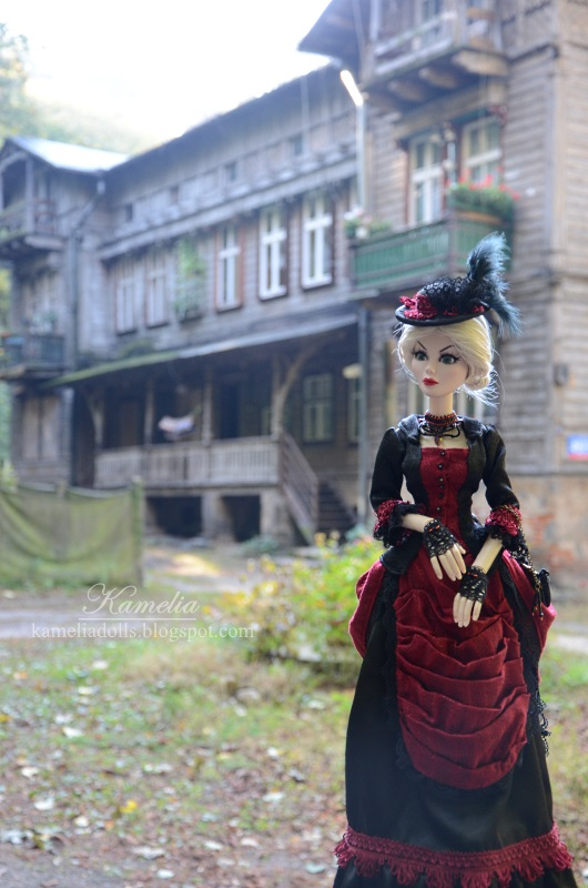Victorian dress for Wilde Imagination doll