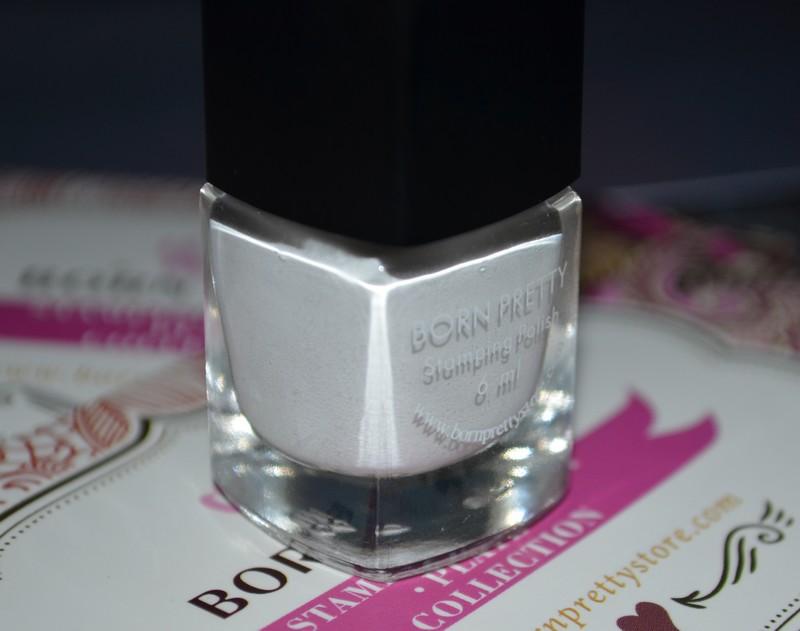 vernis stamping blanc Née Jolie