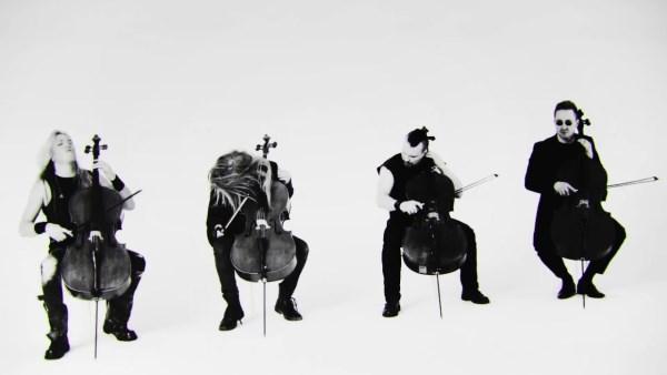 """APOCALYPTICA: Δείτε το νέο τους video για την διασκευή τους στο """"Battery"""" των Metallica"""