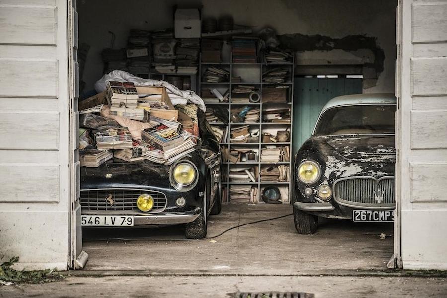 フランスの農場で半世紀ぶりに発見されたフェラーリがオークションで19億円に!