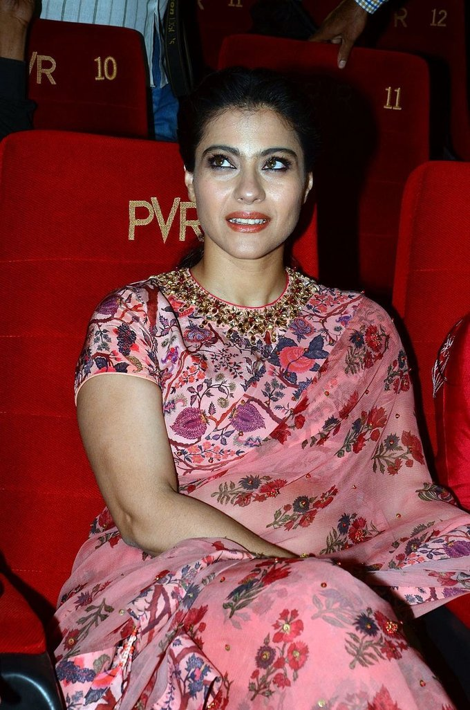 Kajol Mukherjee Arm pits Show In Pink Saree