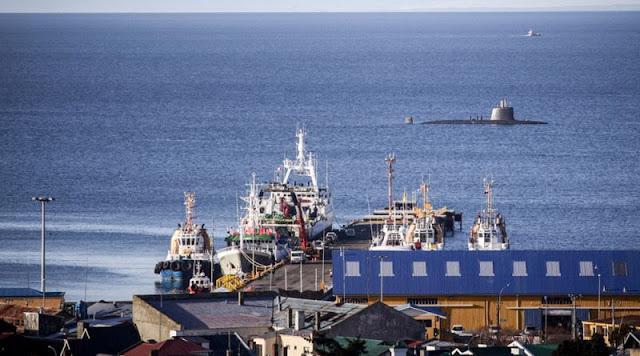 Submarinos robaron miradas en la bahía de Punta Arenas