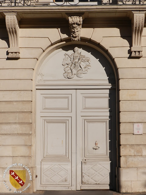 NANCY (54) - Place Carrière : Hôtel de Craon (XVIIIe siècle)
