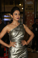 Rakul Preet Singh in Shining Glittering Golden Half Shoulder Gown at 64th Jio Filmfare Awards South ~  Exclusive 030.JPG