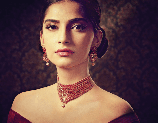 Kalyan Jewellers launched Rang, a colourful new line of precious stones jewellery