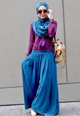 untuk remaja dan wanita muslimah berkembang pesat yang di kreasikan dengan banyak sekali busan 42+ Koleksi model hijab terbaru 2017 | Simpel & Modern