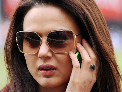 preity zinta desktop background wallpaper 7