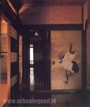 Himuro Mansion Urban Legend Jepang