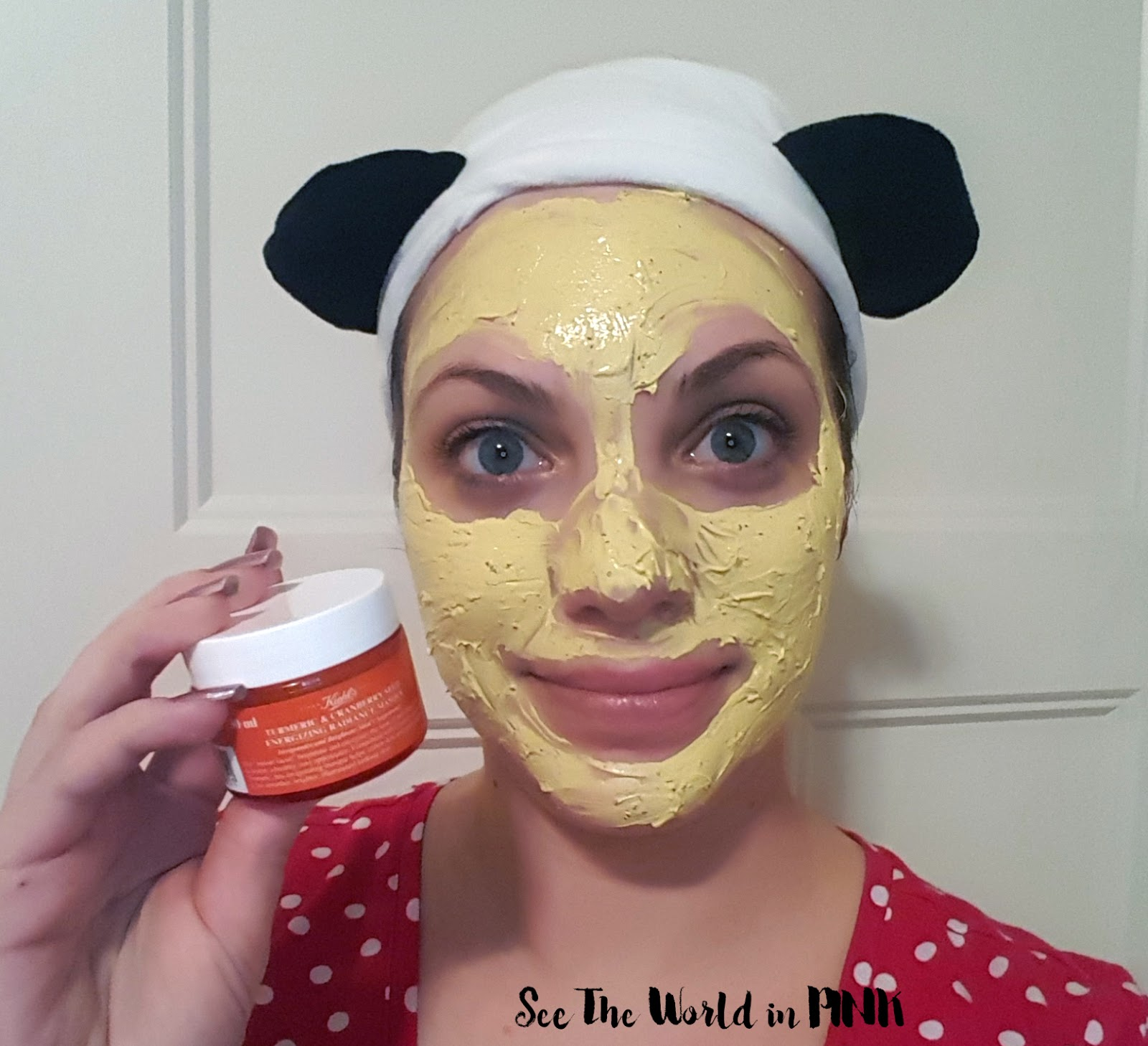 Mask Wednesday - Kiehl's Turmeric & Cranberry Seed Energizing Radiance Masque Review