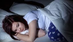 7 عادات خاطئة يفعلها اغلب الناس قبل النوم يوميا ولكنها صادمة
