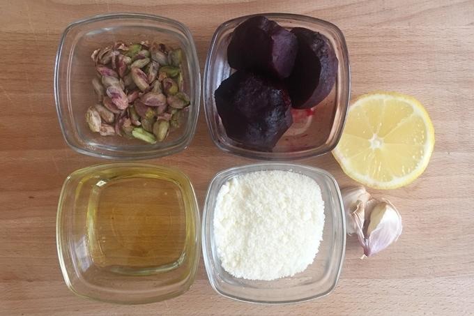 Pesto de remolacha y pistacho