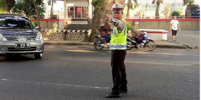 Bripka Saladi Polisi Jujur anti disuap