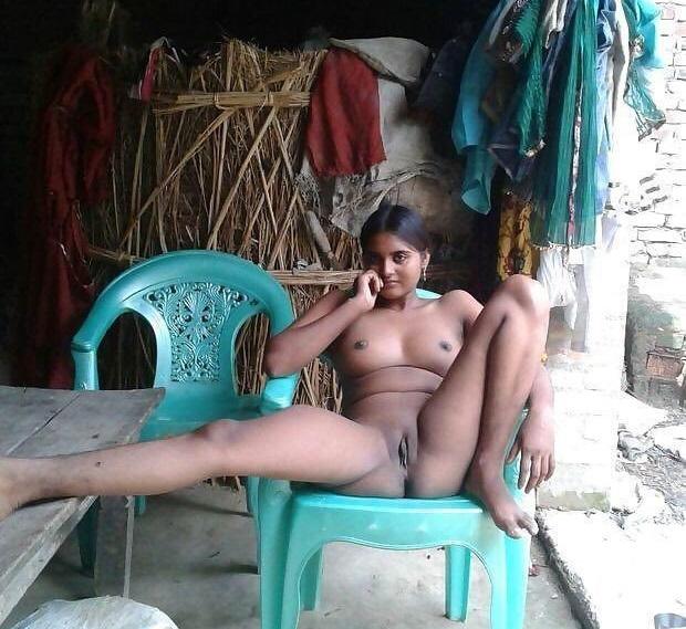 the-village-babes-real-nude-padukon