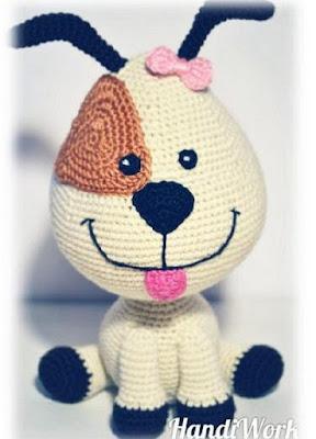 Вязаная игрушка собака амигуруми