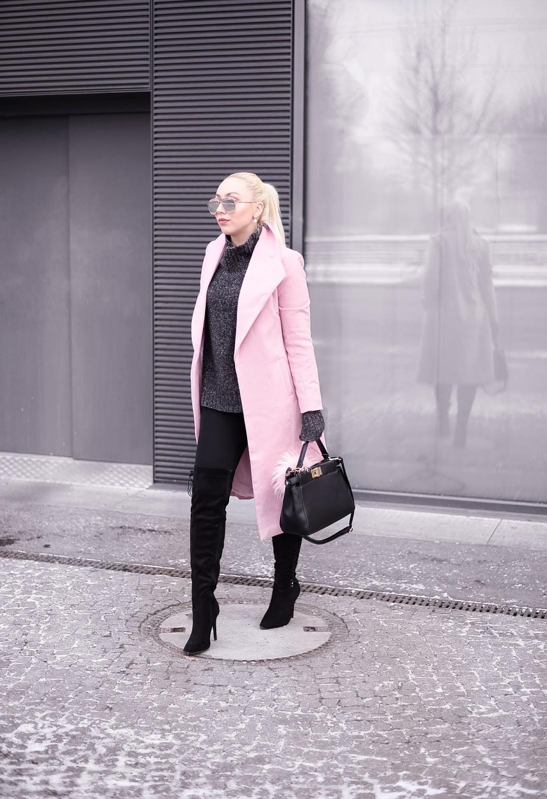 fashionblogger streetstyle_winter streetstyle_pink coat_fendi peekaboo