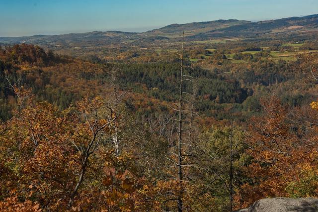 Zamek Bolczów - panorama w kierunku Janowic i Kaczorowa