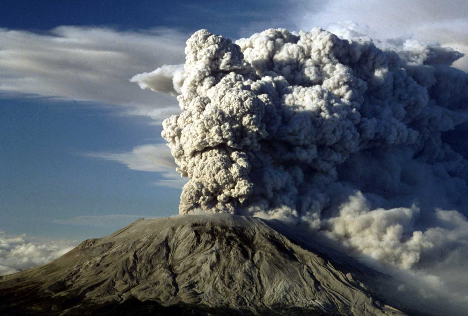 Mount St. Helens erupts again, on July 22, 1980.