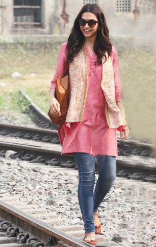 Latest Trends in Bottom Wear to Pair with Kurtis