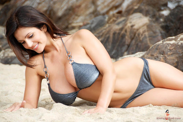 Denise-Milani-Beach-Silver-bikini-hottest-photoshoot-pics-2
