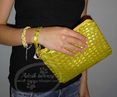 Żółte łuski do ręki - czyli oryginalna kopertówka
