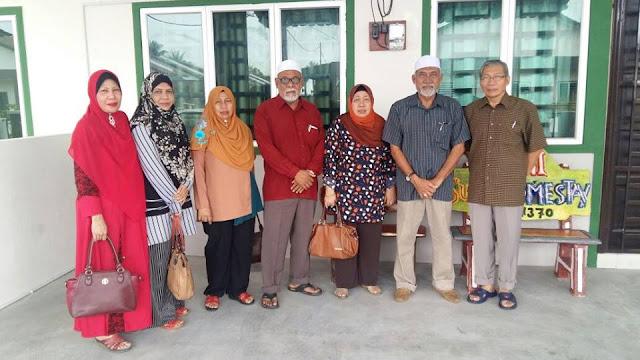 Homestay Seri Manjung Lumut - Macam Rumah Sendiri || Encik Abas
