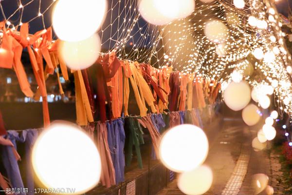 台中海天橋「光環境」彩虹緞帶星空隧道,鉅虹打造燈會最美一公里