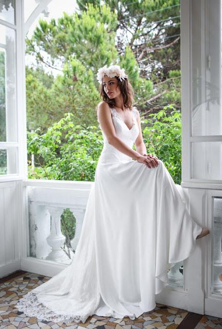 Elegant White Lace Straps 2019 Wedding Dress Zipper Button Back