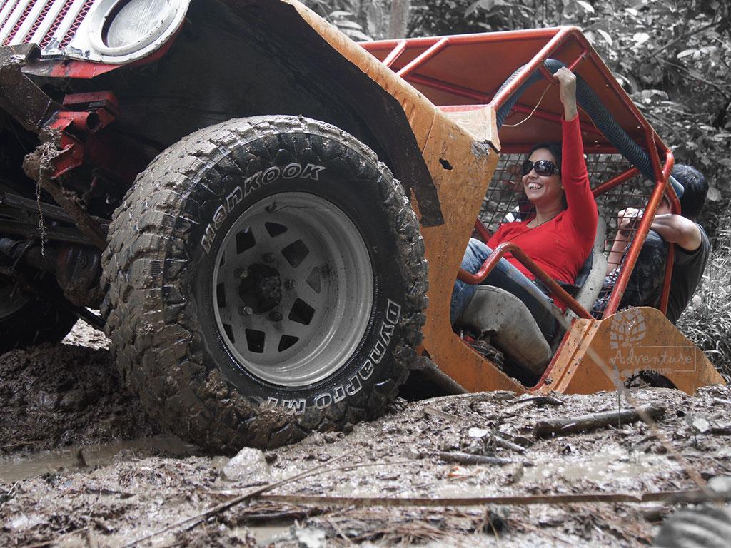 Nglinggo Offroad Jeep