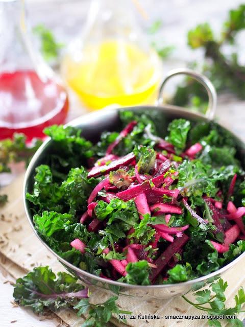 salatka z buraczkow kiszonych, kiszone buraki, co zrobic z burakami z zakwasu, surowki, dodatek do obiadu,