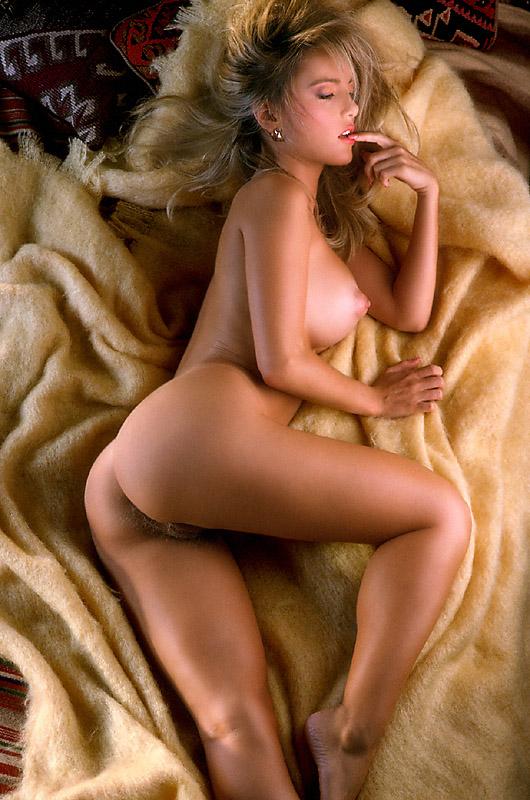 Sex shows in paris nude