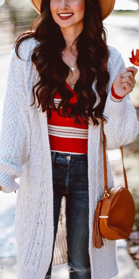 30+ Pretty Winter Outfits To Copy Now!. winter fashion style | pretty winter fashion | holiday fashion winter | winter fashion ideas. #winterstyle #outfits #fashion #style